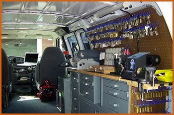 Village Locksmith Store Utica, MI 586-315-0019